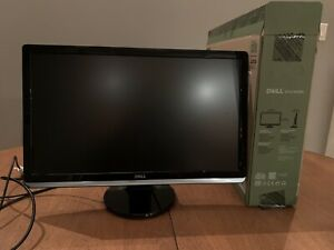 "Dell 24"" LED Monitor - Full HD"