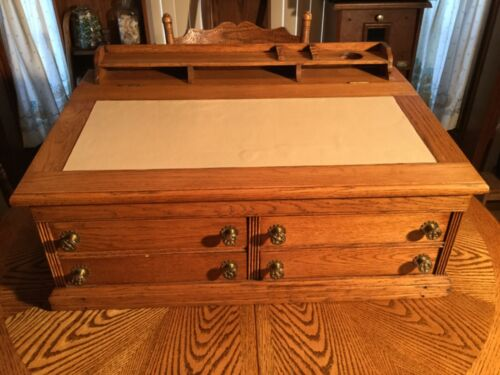 ANTIQUE J&P COATS (4) DRAWER COUNTER/DESKTOP SPOOL CABINET DISPLAY - Very Good