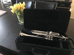 Yamaha trumpet YTR3335
