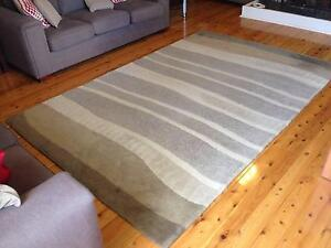 Handcrafted 100% Wool Pile Rug 190cm x 290cm (Stone colour) New Lambton Heights Newcastle Area Preview