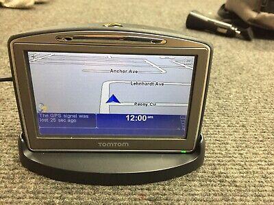 "TomTom GO 720 4.3""-Inch Widescreen Bluetooth Portable GPS Navigator Bundle"
