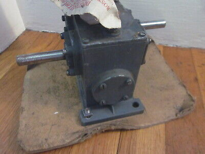 Boston Gear Speed Reducer Unused New Old Stock 1800 In Lbs Parallel Shaft Freesh