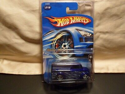 HOT WHEELS 2006 MYSTERY DAIRY DELIVERY FREE SHIPPING