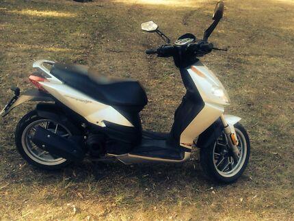 Aprilia scooter Cedar Grove Logan Area Preview