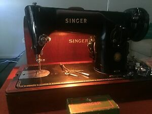 201K singer sewing machine perfect working condition Marks Point Lake Macquarie Area Preview