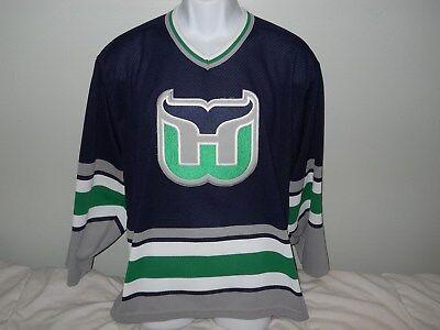 HARTFORD WHALERS NHL VINTAGE DARK 1992 MEN'S CCM HOCKEY JERSEY SIZE MEDIUM