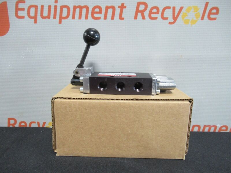 "Ingersoll Rand E212LS ARO Manual Control Valve 4 Way 2 Position 1/4"" NPT New"