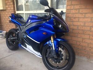 Yamaha R1 $5500 with rwc