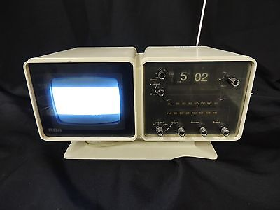 Vintage Mid-Century RCA Black and White TV with Am/Fm Radio and Clock. Works!