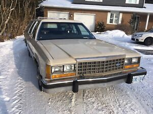 Classic station wagon! 1985 Ford Crown Victoria