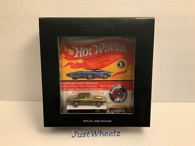 Hot Wheels 2018 HWC / RLC Original 16 Series Custom T-Bird MIMB 2,177 of 6,000