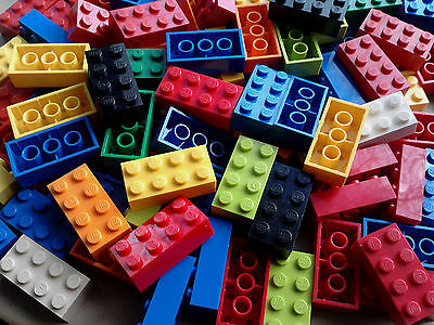100 2X4 CLEAN LEGO BRICKS  JOBLOT