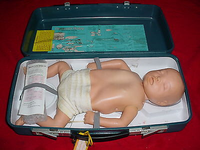 Laerdal Resusci Cpr Babyinfant Pediatric Medical Training Manikin Wcase 5