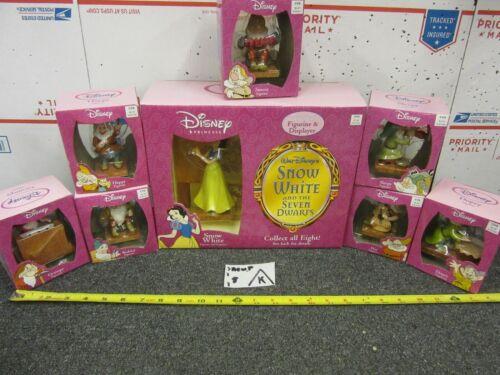 Lot of Disney Princess Snow White Figurine w/ Display & 7 Dwarfs Grumpy Bashful