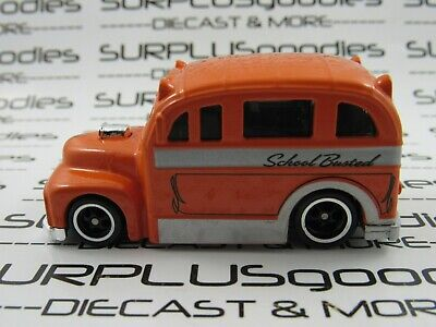 Hot Wheels LOOSE 2009 Larry's Garage Orange SCHOOL BUSTED BUS w/Real Riders
