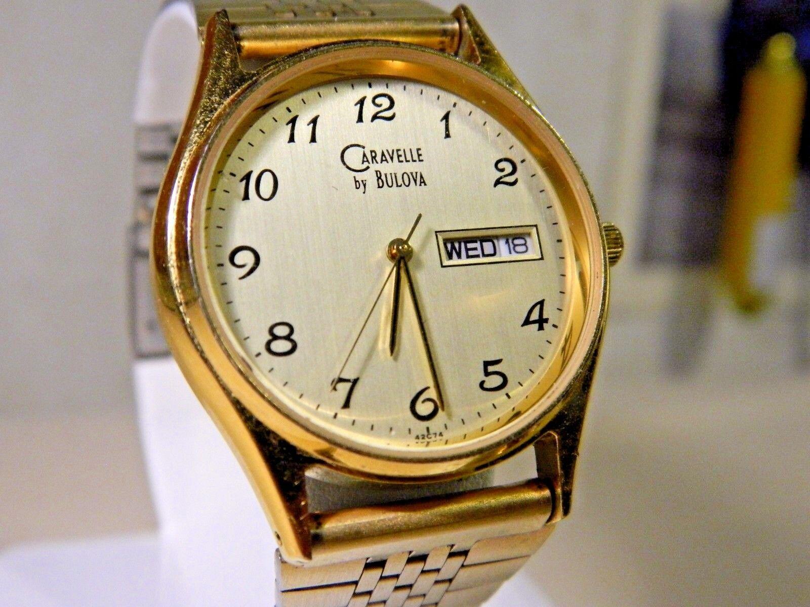 d95ac6335e9 Detalhes sobre Bonito Ln Vintage Bulova Caravelle Dourado Relógio Masculino  Calendário. 2 Ano De Garantia!- mostrar título no original