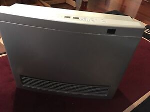 rinnai silver avenger 25 natural gas heater made in Japan Beecroft Hornsby Area Preview