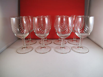 Lovely Set of Eight Clear Glass Wine Glasses Cut Marks Slashes