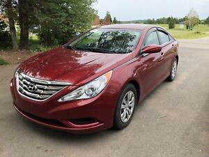 2011 Hyundai Sonata,  Clean Carproof, New MVI, Low KMS