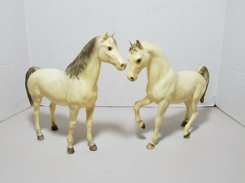 """Lot Of 2 Vintage BREYER HORSES collecible 9""""×11"""" male & female RARE ? HTF ?"""