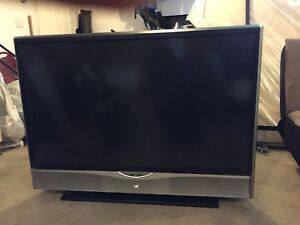 "Jvc 52"" projection tv"