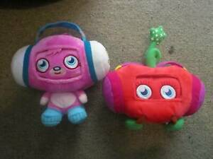 2 X Moshi Monsters Music For iPhone Or iPod Touch ***NEW***