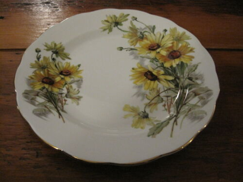 "Vintage Royal Standard Brown-Eyed Susan Fine Bone China 7 3/4"" Plate, England"