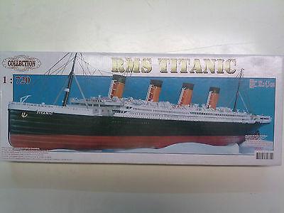 Collection 08M-054 R.M.S. Titanic 1:720 In geöffnetem Karton Kombiversand mögl.