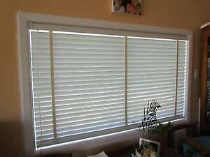 Venetian blinds various sizes North Narrabeen Pittwater Area Preview