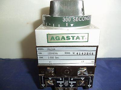 Agastat Timing Relay Model 7012ak 120v60hz 1-300 Sec. Serial W4142848 Used