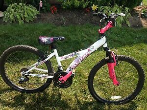 24 inch girls Avigo Mountain Bike