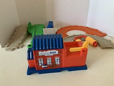 My First Thomas and Friends Sodor Suds Company / Engine Wash Track Set