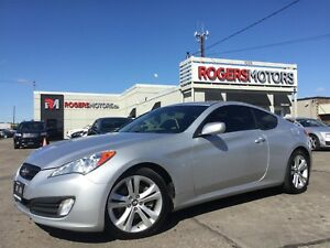 2010 Hyundai Genesis 2.0T - 6SPD - LEATHER - SUNROOF