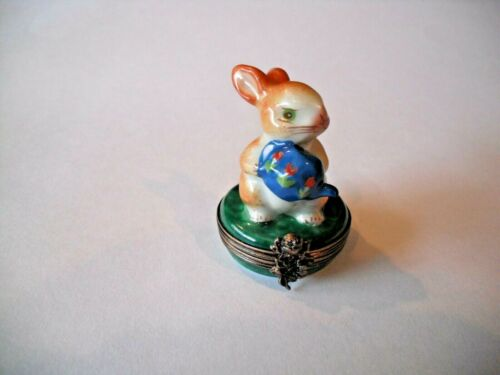 Peint Main Limoges Trinket-Rabbit Holding A Watering Can