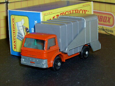 Matchbox Lesney Ford Refuse Truck 7 c1 no tow or notch SC5 V/NM & crafted box