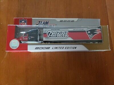New England Patriots Fleer Team Collectibles 1:80 Scale Die Cast Truck 2002 New England Patriots Collectibles