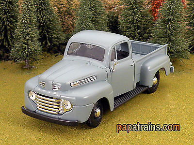 DieCast Grey 1948 Ford Pickup Classic G Scale 1:25 by Maisto 48 Ford Pickup
