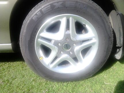 Momo wheels tyres Pindimar Great Lakes Area Preview