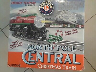 Lionel O Gauge North Pole Central Christmas Train Set 6-30068 Please Read