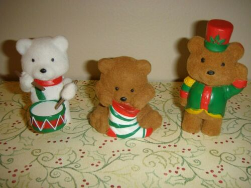 Hallmark Heartline Christmas 3 Bear Miniatures