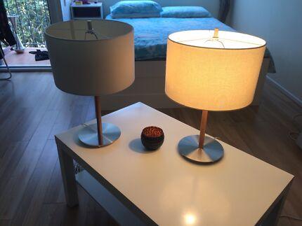 2x TABLE LIGHTS