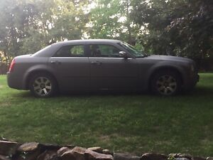 Chrysler 300 for sale NEED gone ASAP