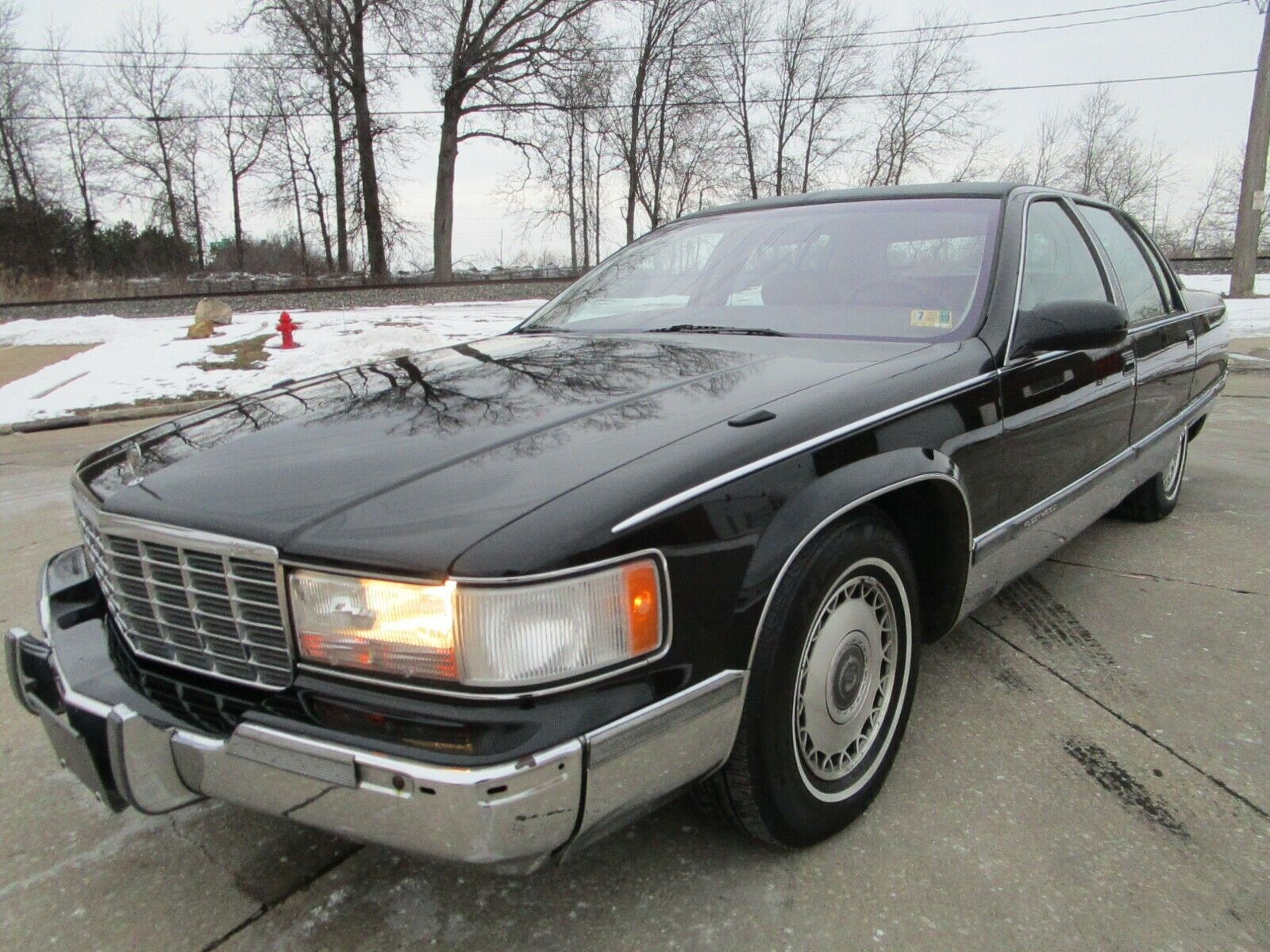51996 Cadillac Fleetwood Brougham - No Rust - Loaded Up - 100K - Drives Like New
