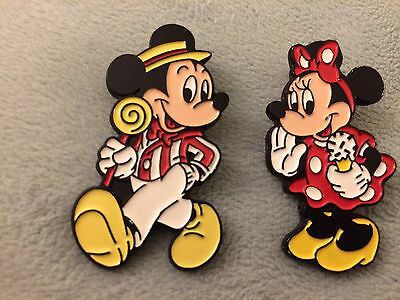 Vintage Tokyo Disneyland Badge Mickey Mouse Minnie Disney Pin