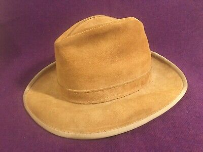 Men's Skully's By Henschel St. Louis Tan Suede Hat Small Size