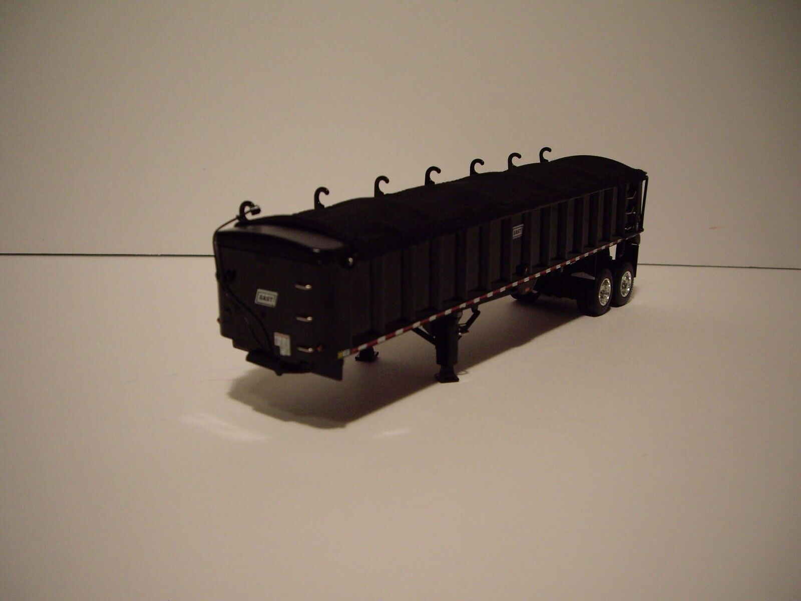 DCP FIRST GEAR 1/64 BLACK WITH BLACK TARP TANDEM AXLE EAST END DUMP