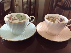Aynsley Bone China teacups & saucers s/2