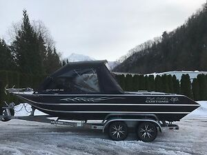 High Caliber Customs 200T Ultra Mag Jet Boat