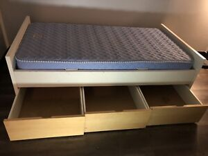 Twin Bed Frame *GOOD CONDITION*