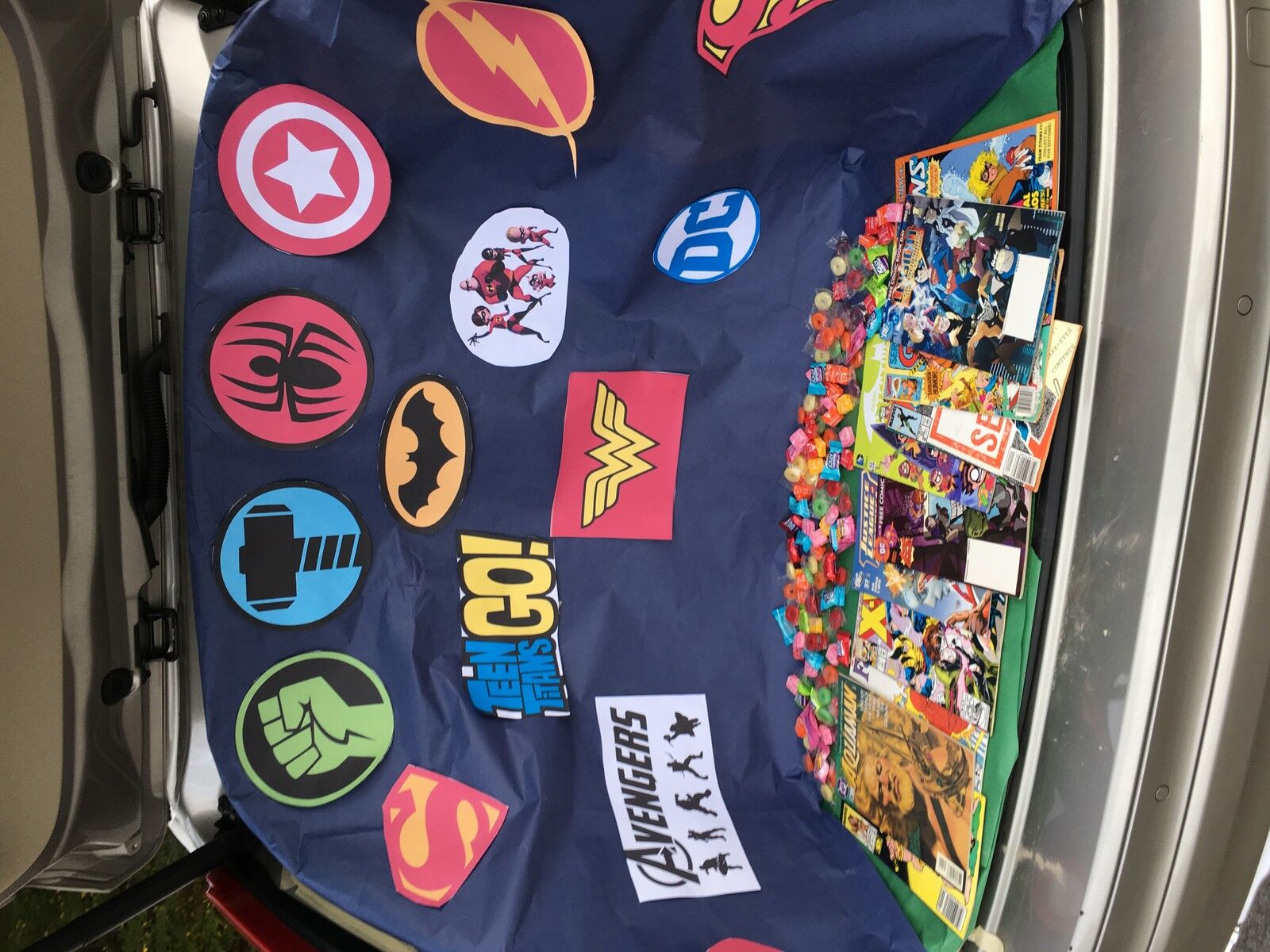 WHAT4 Comics and Collectibles
